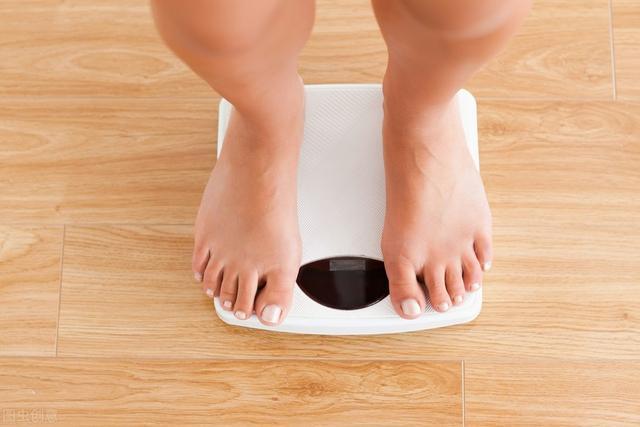 身体脂肪量表真的准确吗?对17种常用的体脂量表进行测量,得出结论