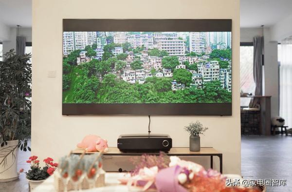 大屏电视为何首选激光?多年的老用户意外揭开三个真相