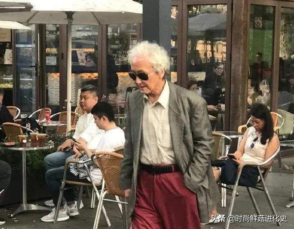 上海的老年人多会穿?比90后更时髦,和00后一样爱穿大牌,真讲究